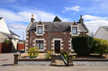 Glenurquhart Road Detached property to rent