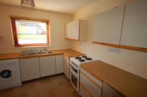 2 bed Ground Flat in Ardness Place, Inverness...