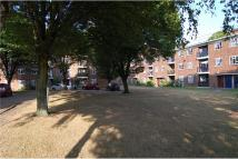 Apartment in Edensor Gardens Chiswick...