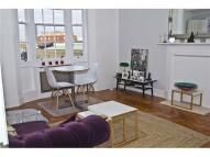 Apartment to rent in Queensway Ralph Court ...