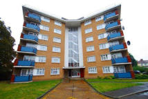 Flat to rent in ILFORD LANE, Ilford, IG1