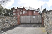 2 bed Flat for sale in Brooklands Millbrook...