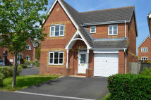 4 bedroom Detached home in Under Knoll...
