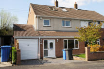 4 bed semi detached house in Farm Lane, Appleton...