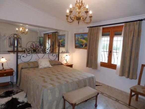 Double bedroom upstairs