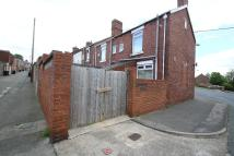2 bedroom End of Terrace property to rent in Highland Terrace...