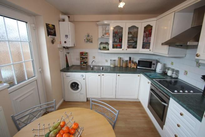 2 Bedroom Semi Detached House For Sale In Sherburn Way Gateshead