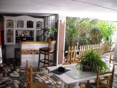 Covered bar and garden area