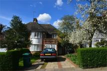 3 bed semi detached home in Maurice Walk...