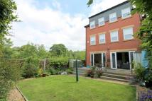 4 bed Town House for sale in Longfield Avenue...