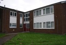 2 bed Flat to rent in Montgomery Road, Wrexham...