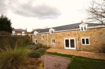 4 bedroom semi detached property to rent in Vron, Wrexham