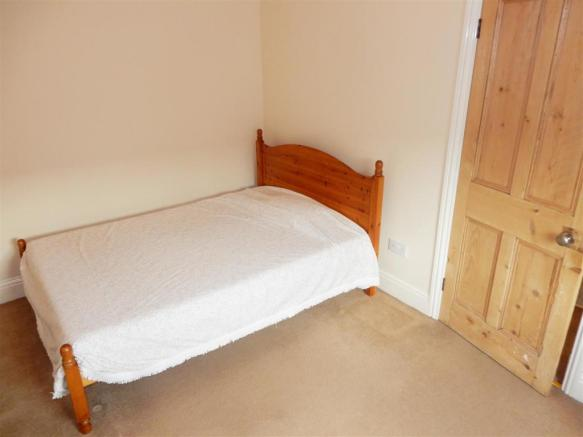 Bedroom 2 no 2.JPG