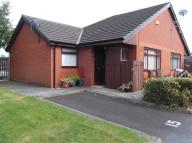 Semi-Detached Bungalow to rent in Spindle Court, Oldham