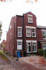 2 bedroom Ground Flat to rent in ASH GROVE, Heaton Chapel...