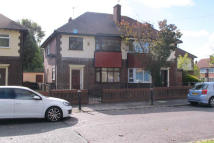 CHELFORD GROVE semi detached house to rent