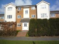 Flat to rent in Knights Court Norton...
