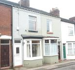 2 bed Terraced property to rent in Victoria Street...
