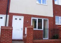 Town House to rent in Brentleigh Way, Hanley...