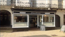 Restaurant to rent in Nicolini's...