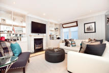 4 bedroom Flat to rent in Drayton Gardens...