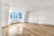 2 bed Flat in Yeomans Row, London. SW3