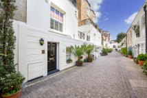 Stanhope Mews South property