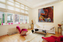 3 bedroom house in Yeomans Row, London, SW3