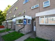 4 bed property in Willowfield, Woodside,
