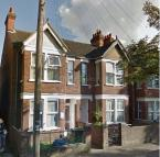 Flat to rent in Elstow Road, Bedford...