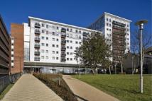 Apartment to rent in Becket House New Road...