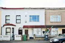 Heyworth Road Flat to rent