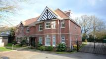 2 bedroom Apartment in London Road, Windlesham...