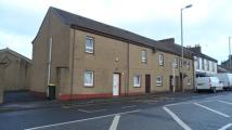 Maisonette to rent in Main Street, Holytown...