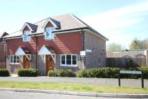2 bed semi detached property to rent in Four Marks, Alton...