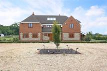 5 bedroom Detached home in Medstead, Alton...