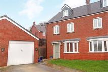 4 bed semi detached house for sale in Alton, Hampshire