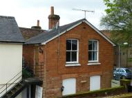 1 bedroom Detached house in Alton