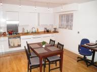 2 bed Maisonette to rent in Princes Road NW6 5AL