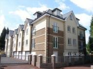 2 bedroom Flat in Queens Road...