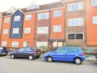 2 bedroom Flat to rent in Radnor House...