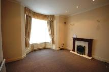 Apartment to rent in The Promenade, Southport...