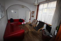 5 bed Terraced house in Telephone Road...