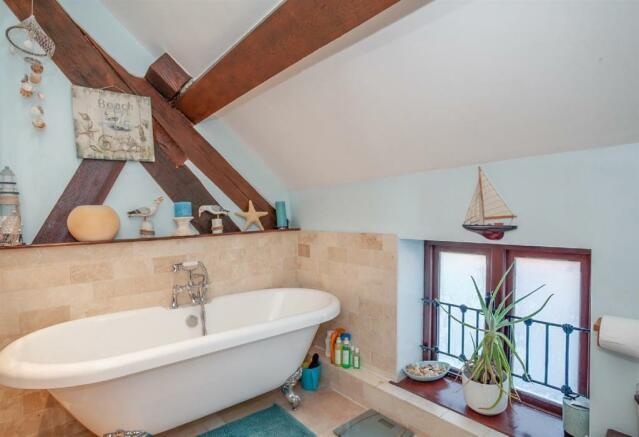 Bathroom Angle 1.jpg