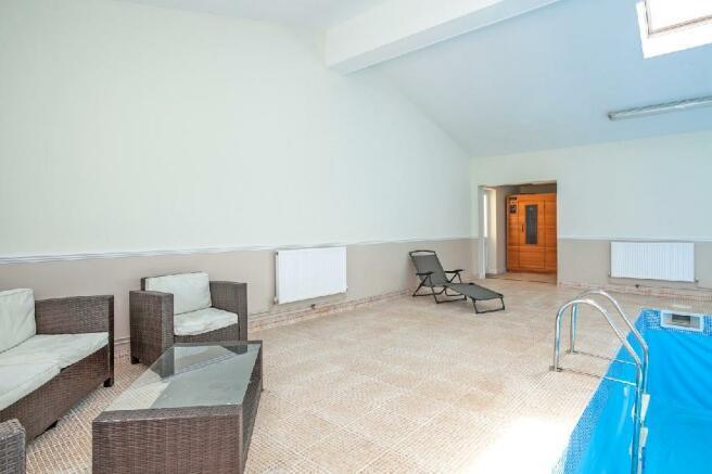 Pool Room 3 With Sauna.jpg
