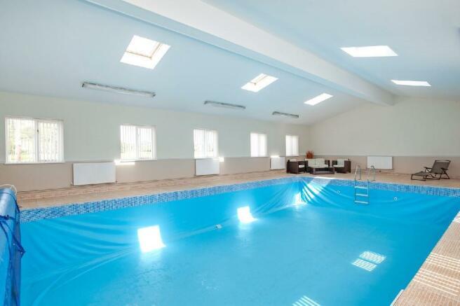 Pool Room 2.jpg