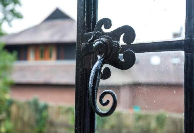 Window Detail 1.jpg