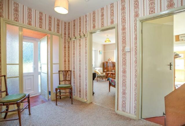 Hallway 2 (2).jpg