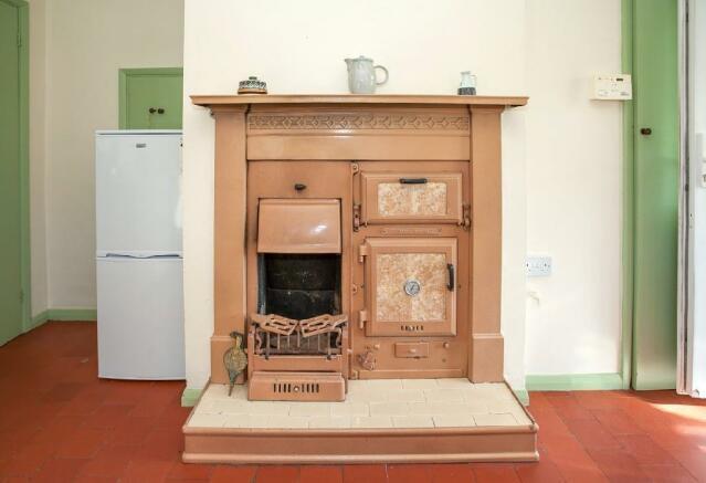 Fireplace Detail (2).jpg