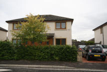 3 bed semi detached property to rent in Millburn Gardens Dundee